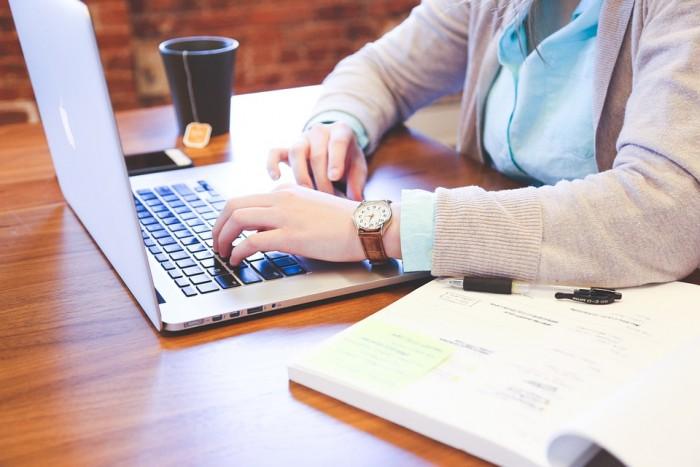自営業者や起業してすぐの会計ソフトの選び方